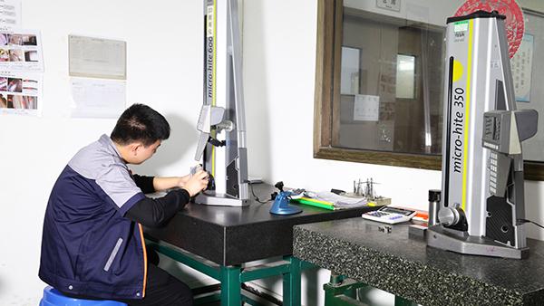 非标金属零件加工珩磨的原理和特点