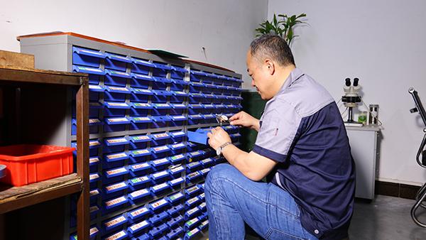迪越精工光电通讯载体合作案例